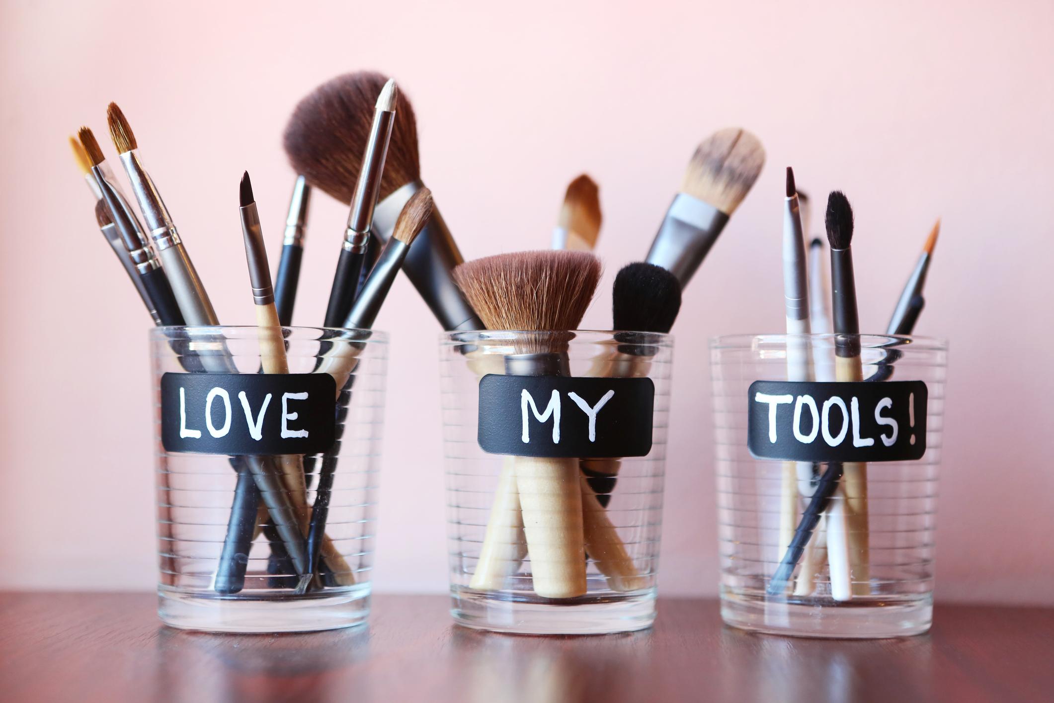Houd die make-up borstels schoon!